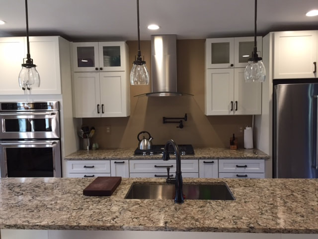 Kraftmaid Lyndale And Cambria Countertop Kitchen Chelsea